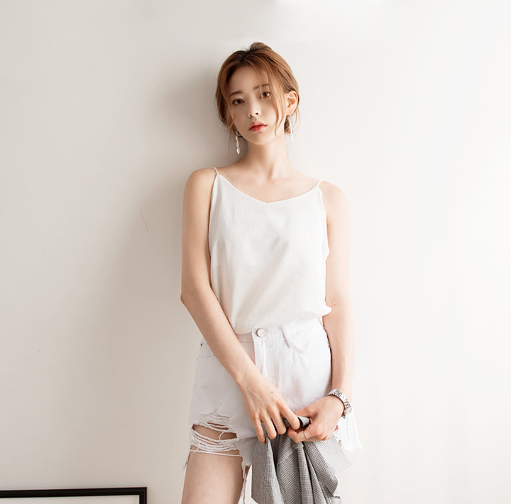 [TOP] TWO WAY SLIM STRING SLEEVELESS