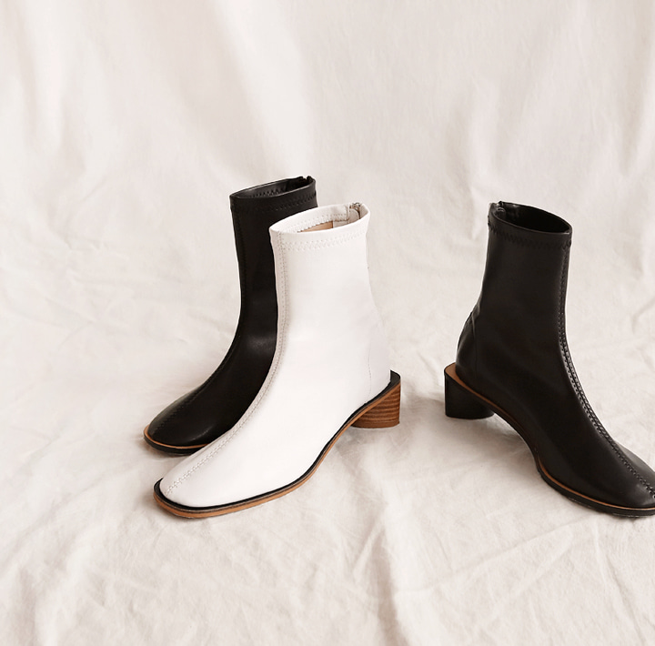 [SHOES] LAHA WOOD HEEL ANKLE BOOTS