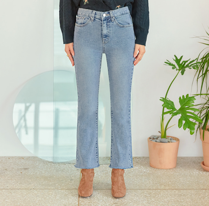 [BOTTOM] OMING SEMI BOOTS CUT DENIM PANTS