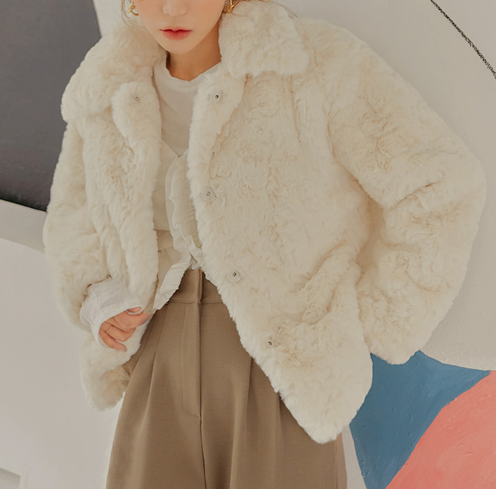 [OUTER] GLIA HIDDEN BUTTON FUR JACKET