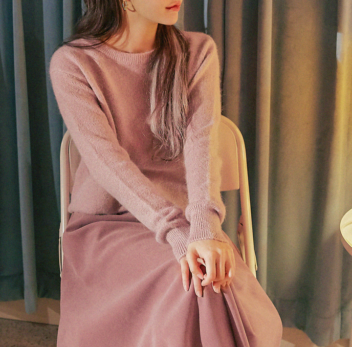 [TOP] PASTEL ANGORA ROUND NECK KNIT