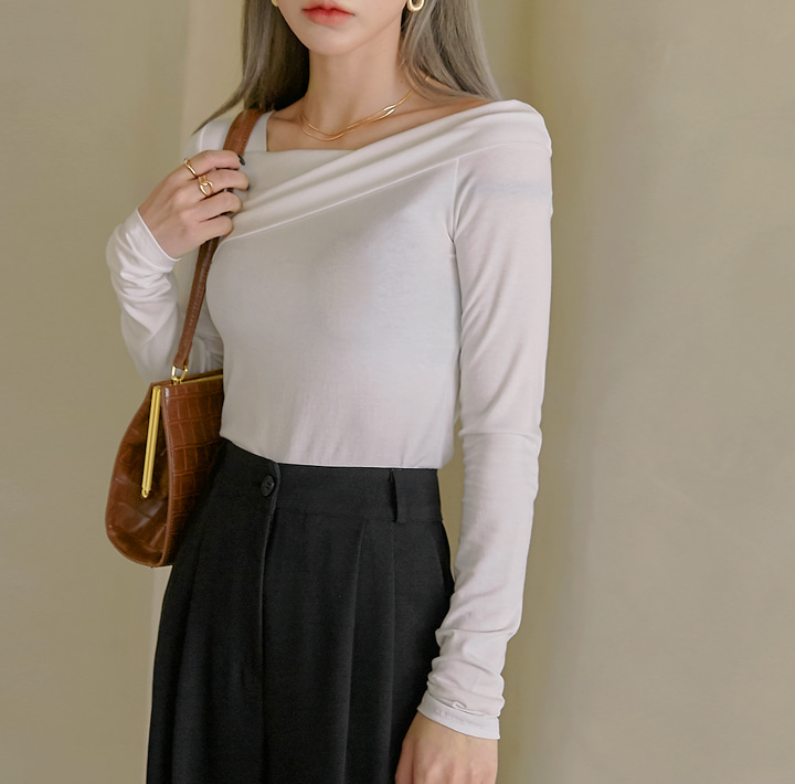 [TOP] RORO TENCEL UNBAL NECK T