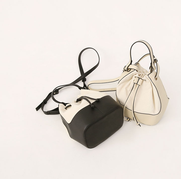 [BAG] HOUR CANVAS LEATHER BUCKET BAG