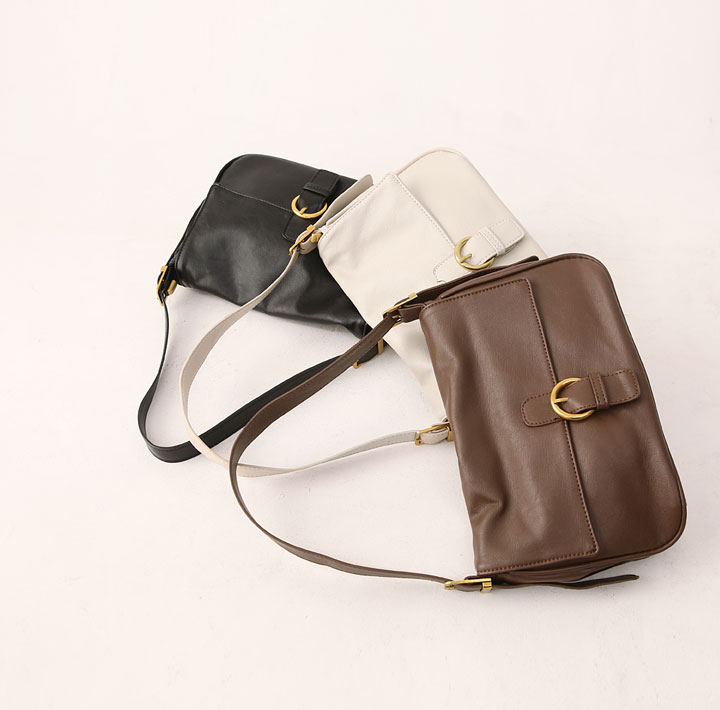 [BAG] MELLD SQUARE BUCKLE SHOULDER BAG