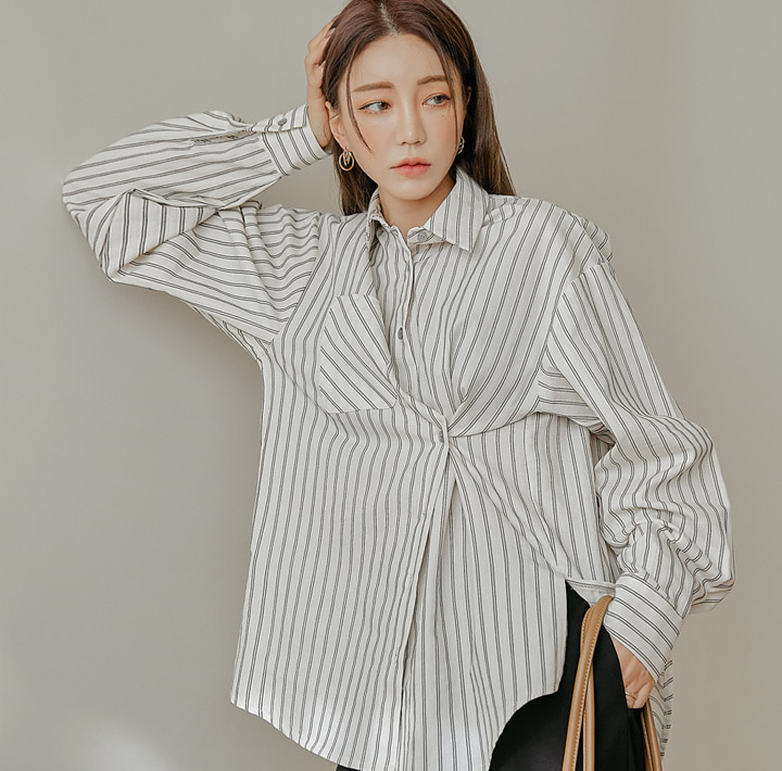 [TOP] CALLIA STRIPE POCKET UNBAL SHIRTS