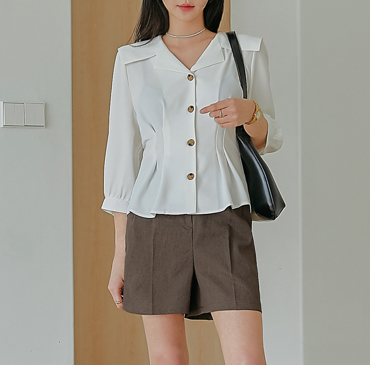 [TOP] ADEIN PINTUCK SAILOR COLLAR BLOUSE