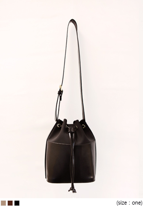 [BAG] TONE ON TONE BUCKET BAG