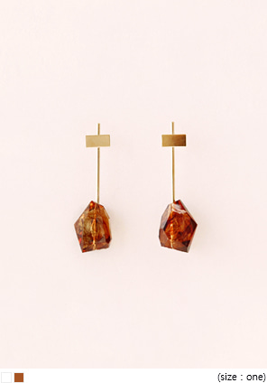 [JEWELRY] GOLD STICK CRYSTAL EARRING