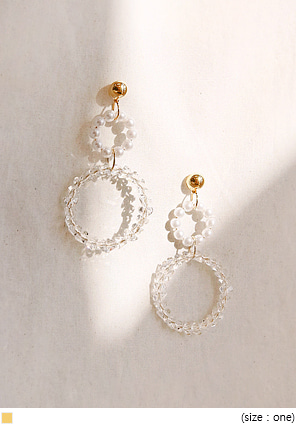 [JEWELRY] PEARL CRYSTAL CIRCLE EARRING