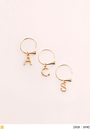 [JEWELRY] ALPHABET GOLD RING EARRING