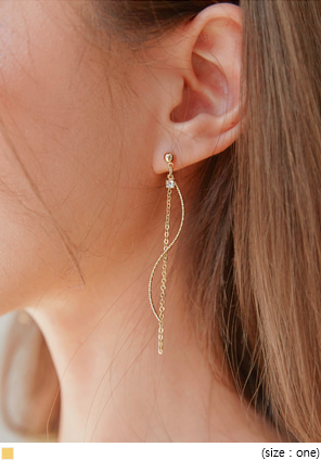 [JEWELRY] KETT GOLD WAVE DROP EARRING