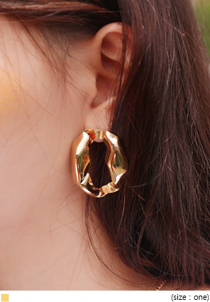 [JEWELRY] GOLD EDGE BOLD ROUND EARRING