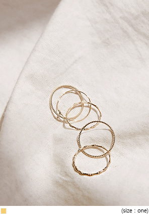 [JEWELRY] DAWOOD THIN GOLD RING 5 SET