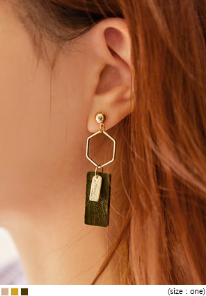 [JEWELRY] LUVE UNBAL FIGURE DROP EARRING