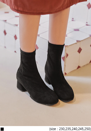 [SHOES] CAFIN SUEDE SLIM ANKLE BOOTS