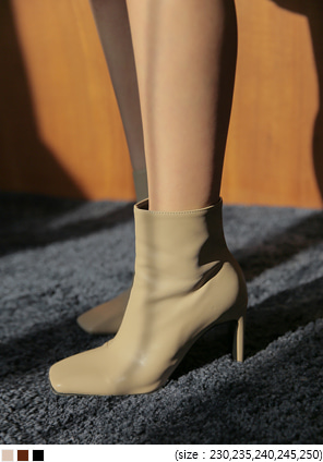 [SHOES] CHIC SQUARE ANKLE BOOTS