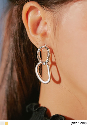 [JEWELRY] DIAS TWIN CIRCLE DROP EARRING