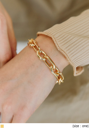 [JEWELRY] STIF GOLD CHAIN BRACELET