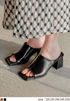 [SHOES] CLUE SQUARE MIDDLE HEEL
