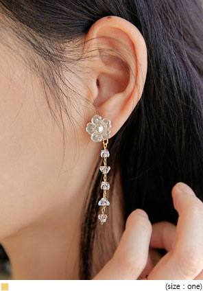 [JEWELRY] UNDER FLOWER DROP EARRING