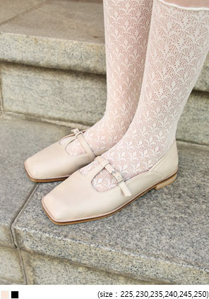 [SHOES] ELLURE SQUARE FLAT SHOES