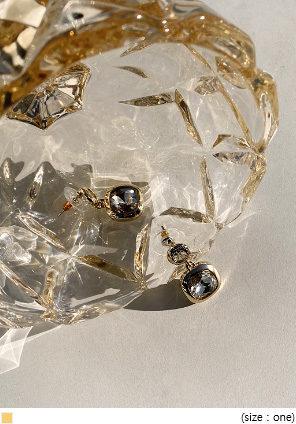 [JEWELRY] NORA CUBIC SQUARE DROP EARRING