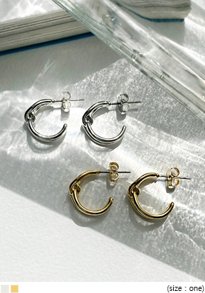 [JEWELRY] PERTA TWIST RING EARRING